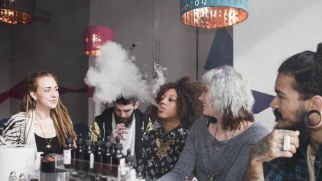 Pierwsze miasto w USA wprowadza ZAKAZ e-papierosów