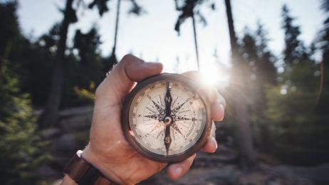 Północ nie była tam, gdzie pokazywały ją kompasy. Pierwszy raz od 360 lat  pokażą tę prawdziwą