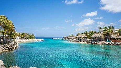 Małe Antyle: tu krajobraz wokół zniewala i rozleniwia, a rum leje się strumieniami.