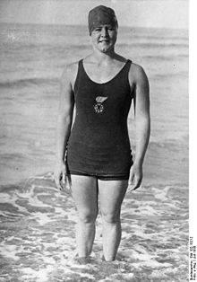 2. Zdjęcie  - Kobieta, która pokonała kanał La Manche. Jednak jej dalszy los był nie do pozazdroszczenia