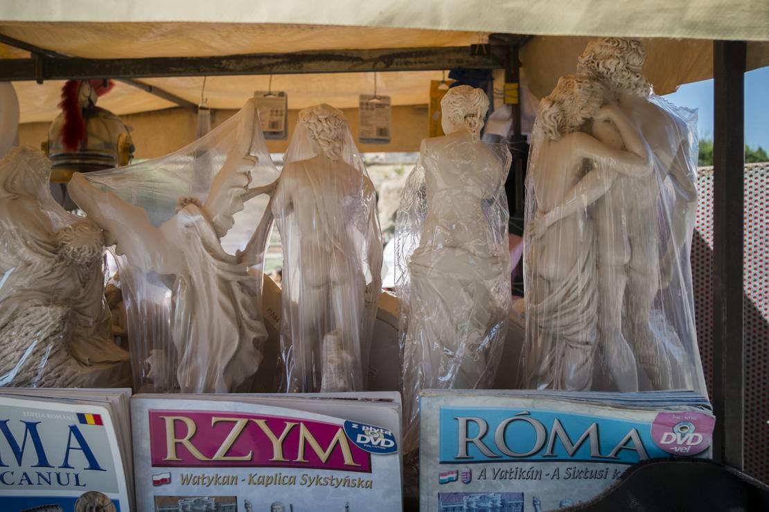 Koloseum - Znacie te miejsca i dzieła sztuki, ale nie widzieliście ich nigdy z tej strony. Fotograf zakpił z nas wszystkich?