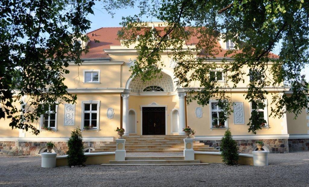 Pałac Podonowskich, wielkopolskie - Zamki i dwory w Polsce, dzięki którym zapomnisz o wakacjach za granicą