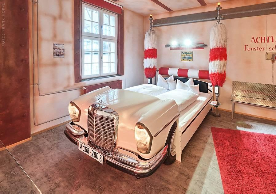 Hotel samochodowy - 15 najbardziej nietypowych hoteli świata