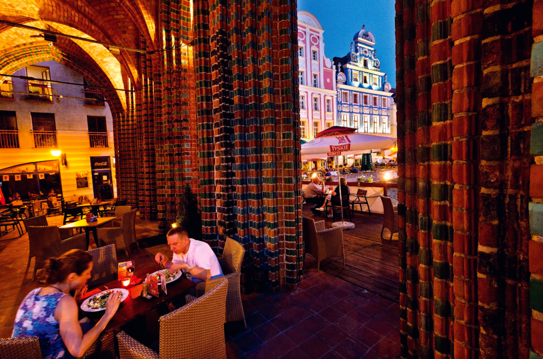 Rynek Sienny to główny plac staromiejski  – z kafejkami  i restauracjami. - Za co kochamy Szczecin?