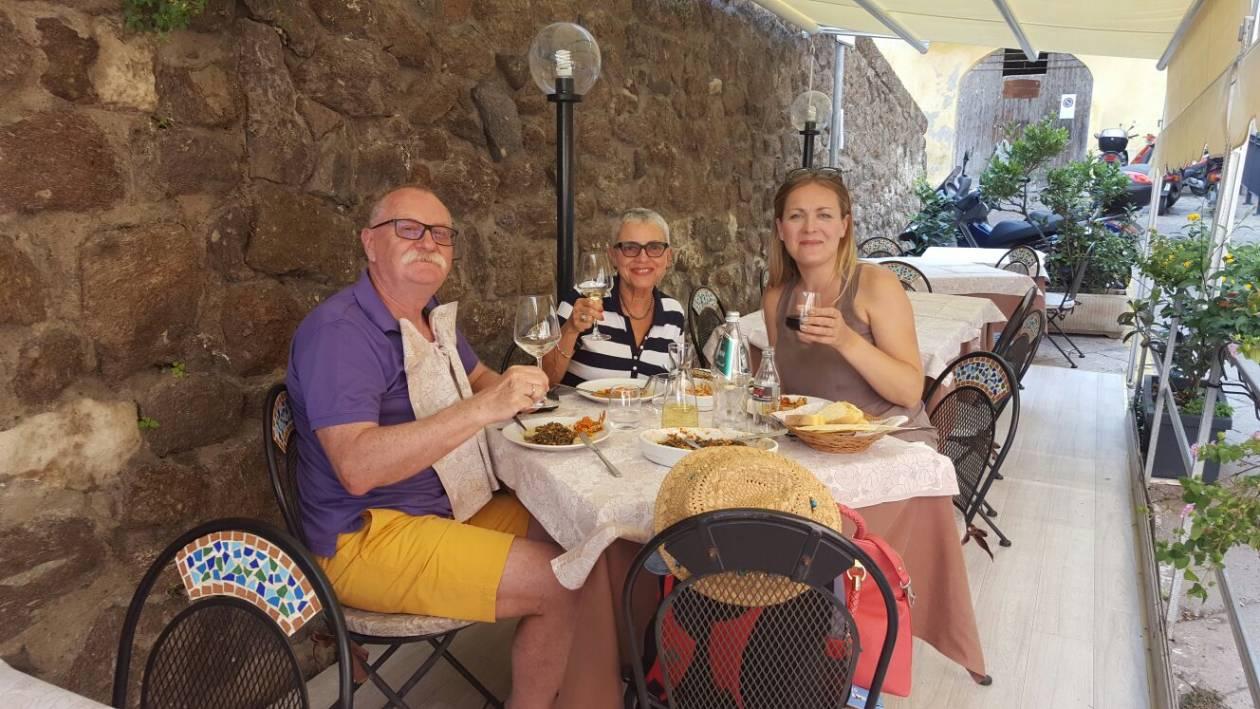 Polka podbija Sardynię - Czy wystarczy wyjechać na gorącą wyspę, by czuć się jak na wiecznych wakacjach? Opowiada Polka, która od 16 lat żyje na Sardynii