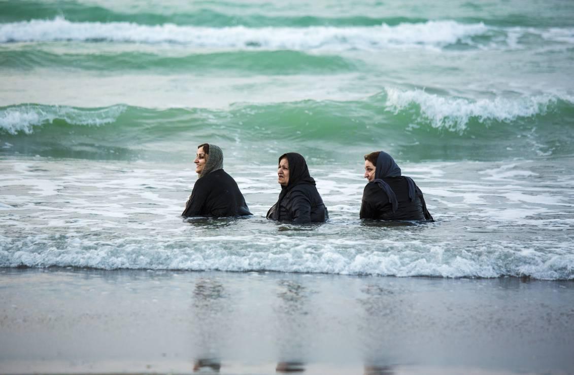 Plaża w Babolsarze nad Morzem Kaspijskim - Poprzez historię do współczesnego Iranu. Radosław Fiedler śladami polskich uchodźców