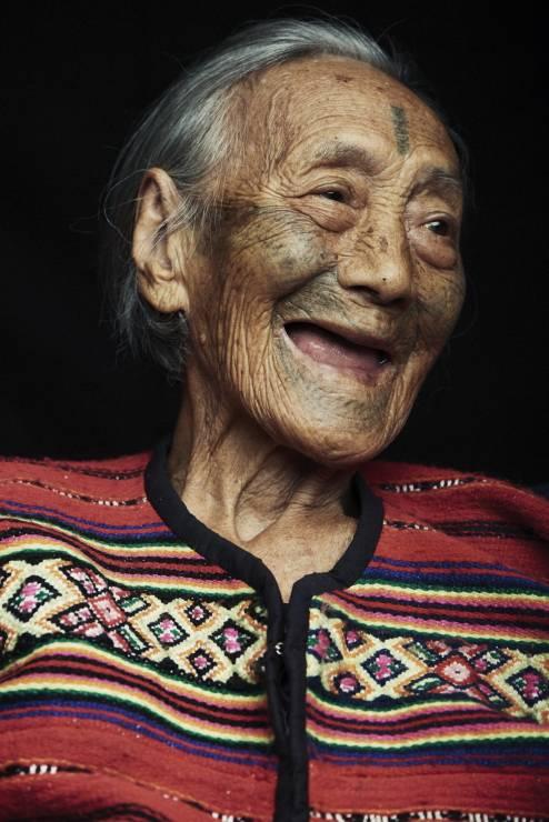 Kobiety Atayal - Ostatnie kobiety z tatuażami. Poruszające zdjęcia starożytnego plemienia Atayal